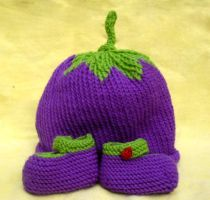 Eggplant Baby Set by holls