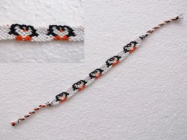 Friendship bracelet - penguins by Esarina