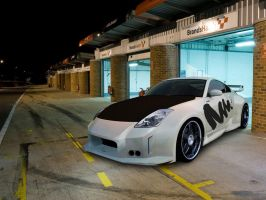 Another 350Z Erisu-chan Edition in Paddock by Ditto-kun