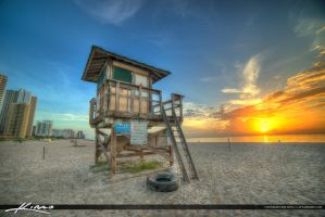 Lifeguard-Tower-Singer-Island-Florida by CaptainKimo