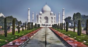 Taj  Mahal by CitizenFresh