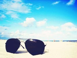 Beach Sunglasses by Helpax