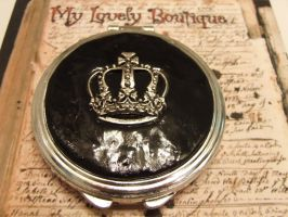 Black Crown mirror by TheLovelyBoutique