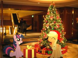 Applejack is Twilight's Secret Santa. by HAchaosagent