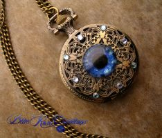 Blue Eye Betwixt Regal - Pocket Watch by LadyPirotessa
