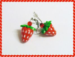 Fraise earrings by MartineLand