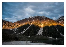 Lake_Saif-ul-Malook by Deja-Vu-Afterglow