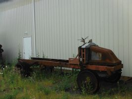 Rusted Mack by TomRedlion