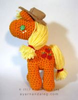 Applejack by SBuzzard