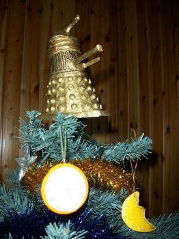 I'm gonna spend my Christmas with a Dalek by SamaelCosplayer