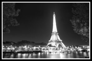 Eifeltower by MisterDedication