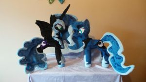 Luna and Nightmare Moon by PlushieScraleos