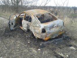 (Stock) Burnt out car 2 by DaddyHoggy