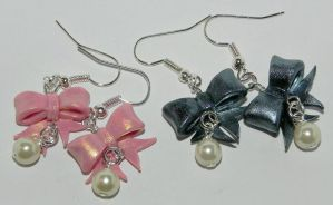 Cute Bow Earrings by Secretvixen