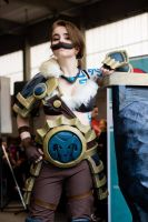 Braum Cosplay (2) by Lileven