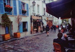 Rainy Montmartre by mindreader-x