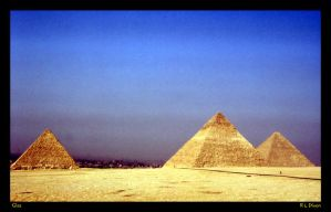 Giza pyramids rld 01 by richardldixon