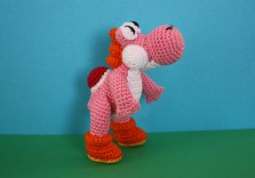 Pink Yoshi by Brookette