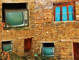Old TV by Neshom