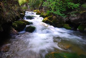 Bicaz river by BogdanEpure