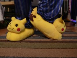 Pikachu slippers, c.2000, side by ExileLink