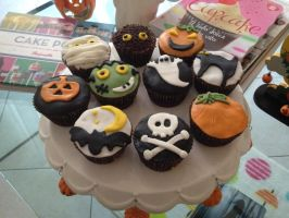 My Halloween cupcakes October 31, 2013 by Fantasmiki