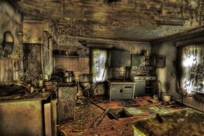Abandoned house HDR workshop by Q-harrr