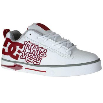 DC shoes by colombian305