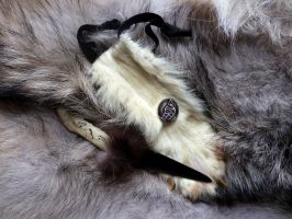 Wolf bone knife + sheath by lupagreenwolf