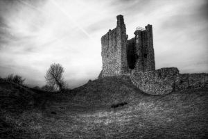 Brough Castle by crowthius