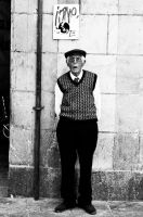 The old man in Barcelona by Manudhp