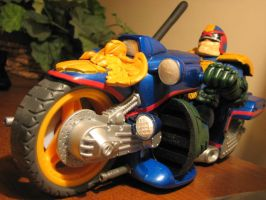 judge dredd and bike pic3 by ebooze