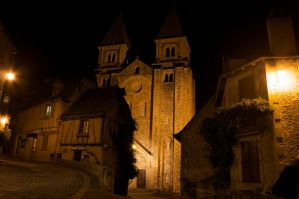Conques by night by Abylone
