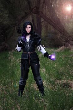 Yennefer by SuikaCosplay by Mantikoa