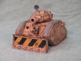 Imperial Guard Tank by Kraylen