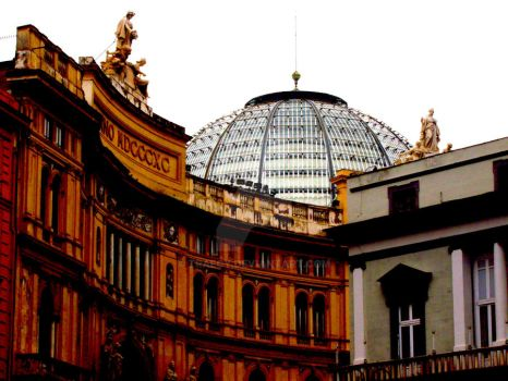 Glass dome outside by Traecy