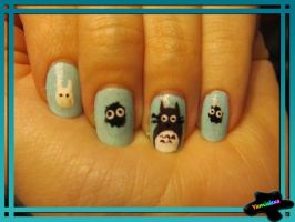 Totoro Nails by Yamialexa