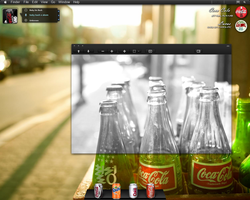 Coca Cola Desktop by locoepoco