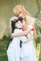 Asuna Cradles Yui, Sword Art Online Cosplay by firecloak