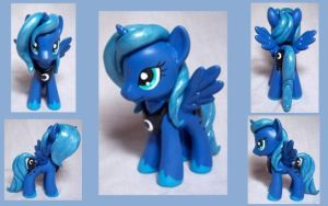 Luna Custom Toy by CadmiumCrab