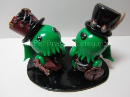 Steampunk Cthulhu Wedding Cake Topper by LittleFatDragons