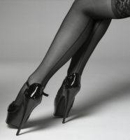 Stiletto by heelshooter