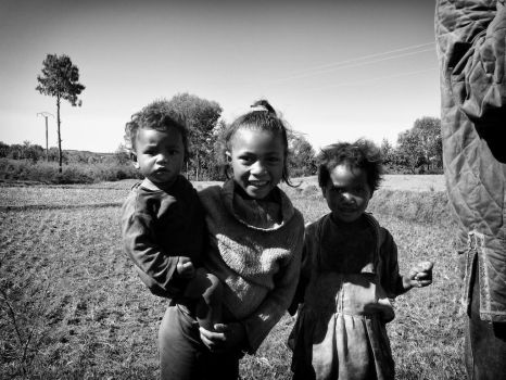 children_in_madagascar by simo2409