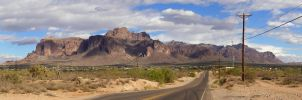 Superstitions Panorama by freezejeans