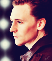 Tom_Hiddleston by AlessandraTheBest