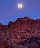 Full Moon Over Zion by ernieleo