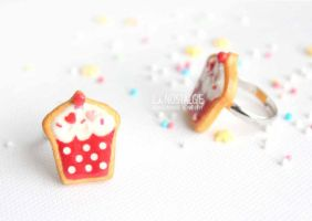 Romantic Polkadot Cupcake Ring Jewelry by LaNostalgie05