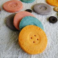 Shortbread Buttons by cakecrumbs