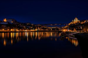 Oporto At Night by danielion