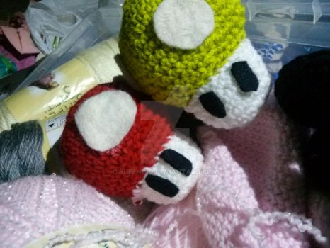 Mushrooms (Toads) from Super Mario Bros! by Suiiening